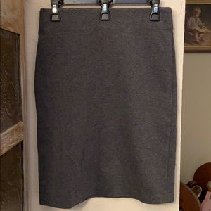 Old Navy Gray Heathered Ponte Pencil Skirt